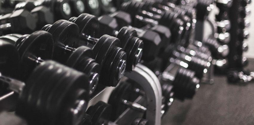 کاهش وزن سریع با تمرین به همراه وزنه