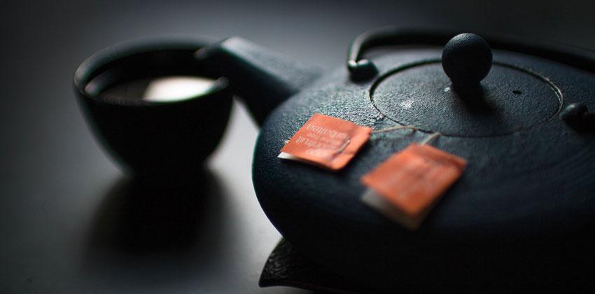 چای سبز به تعادل هورمون های چاقی کمک می کند