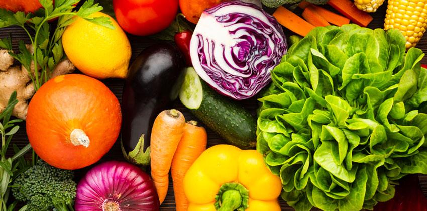 سبزیجات سبز رنگ
